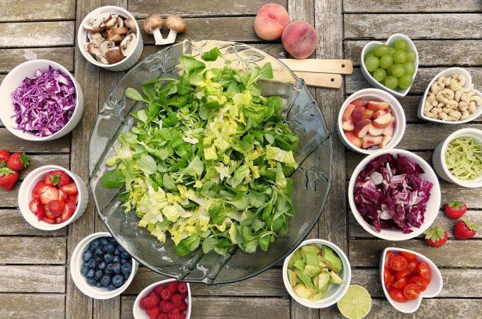 Sådan undgår du madspild: måltidskasser og indkøbslister